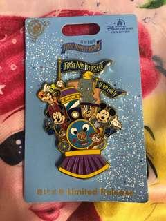 迪士尼樂園徽章襟章Disney Pin Disneyland (包平郵)