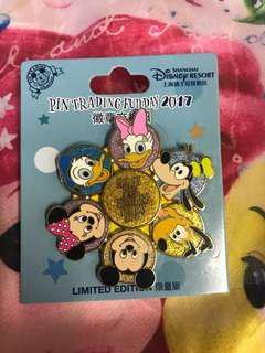 迪士尼樂園徽章襟章Disney Pin Disneyland (包平郵)LE1200 旋轉