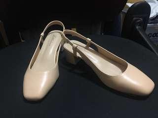 🚚 ✨全新✨裸色方頭跟鞋/涼鞋(附鞋盒、防塵袋)