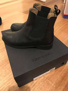 Tony Bianco leather Collins Chelsea boot