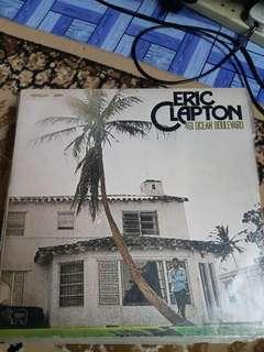 LP vinyl piring hitam Eric Clapton Ocean Boulevard