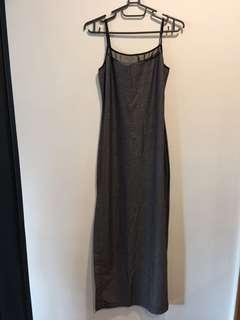 🚚 銀黑色長洋裝