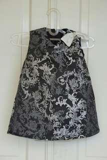 Jacquard black dress