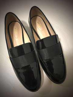 MNG Patent Loafers (Black)