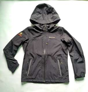 Jaket Gunung Ferrino Italy Waterproof not Berghaus Rab Salomon Columbia The North Face TNF JWS