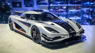 1/18 Autoart Koenigsegg One:1 (Moon Grey / Carbon Black / Orange Accents) #79017
