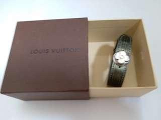 Louis Vuitton Epi 水波紋 Patent Leather Bracelet with box
