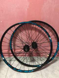 27.5 MTB wheelset (Tubeless Ready) BRAND NEW