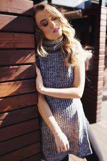 KNITTED TURTLE NECK TOP NEW