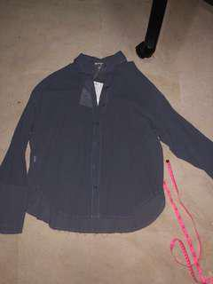 [3 FOR $10] BNWT Flare sleeve blouse