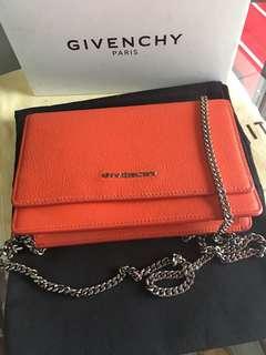 Givenchy WOC