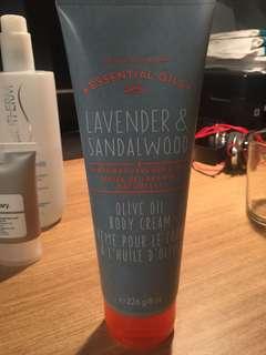 Bath & Body Works Lavender and Sandalwood Olive Oil Body Cream
