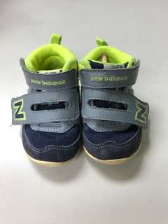 NB童鞋US4號
