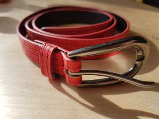 Red embossed PU belt