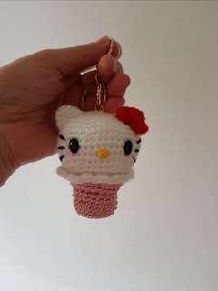 Crochet hello kitty cupcake