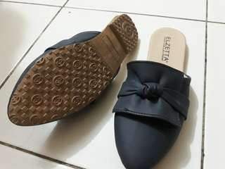 Sandal Sepatu Slop Cewek Size 36