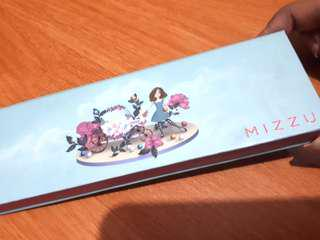 Mizzu eyeshadow limited edition by Minyo