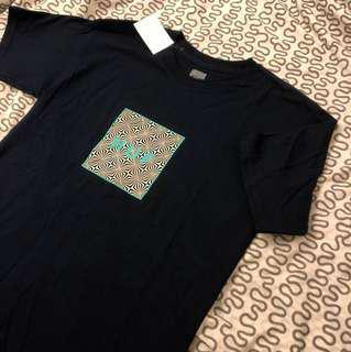 🚚 Huf 深藍T恤