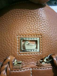 Pre loved dooney and bourke
