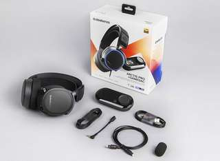 SteelSeries Arctis Pro + DAC Gaming headset