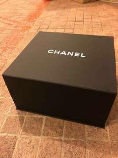 特大Chanel 磁石盒+Magnetic box +山茶花+Chanel 絲帶+衣架+小盒子