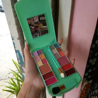 Eyeshadow murah