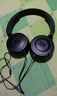 JBL by HARMAN T450 Headphones