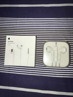 Apple Earpods/Earphones