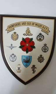 英軍木盾HAMPSHIRE and ISIE of WIGHT ACF