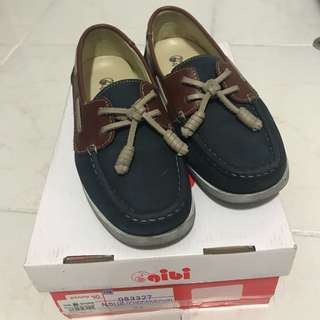 GIBI BOYS TOP SIDER SHOES SIZE 34