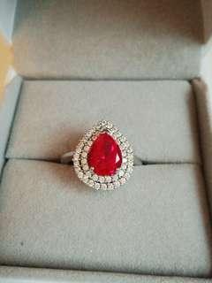 Arte royal red ring