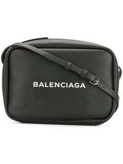 🚚 Balenciaga 巴黎世家相機包Camera bag S二手