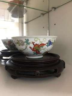 景德鎮古彩蝶瓷碗一對