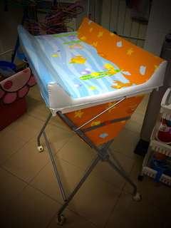 2 in 1 Baby Bath Tub with stand and changing table