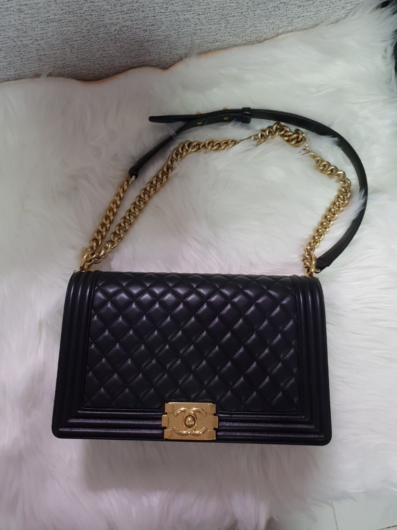 Newest but lowest price! Save almost  3k! Series 23 Chanel Boy New ... f1051fd93e509