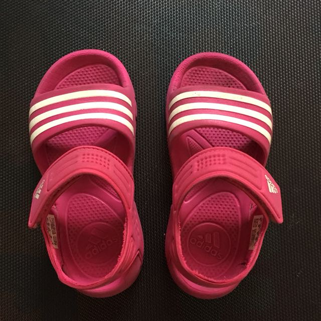 ed2e7398d495 Adidas girls sandals