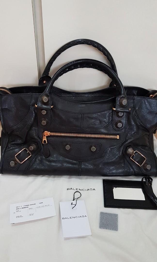07f2e7e1d1 Balenciaga part-time bag, Luxury, Bags & Wallets, Handbags on Carousell