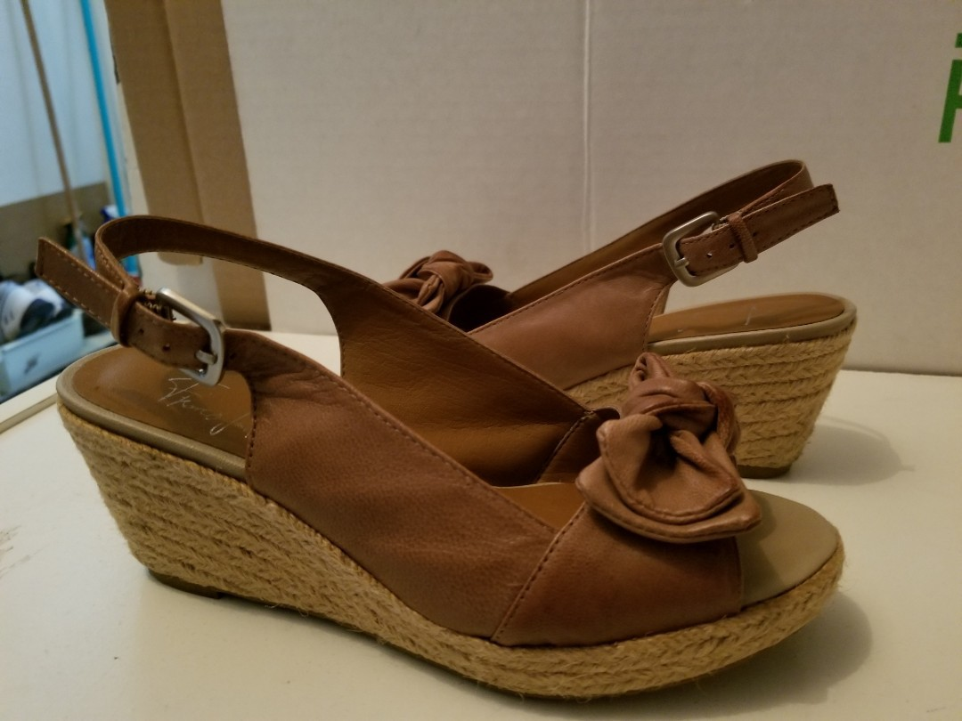 Beige wedge size 5 by Franco Sarto