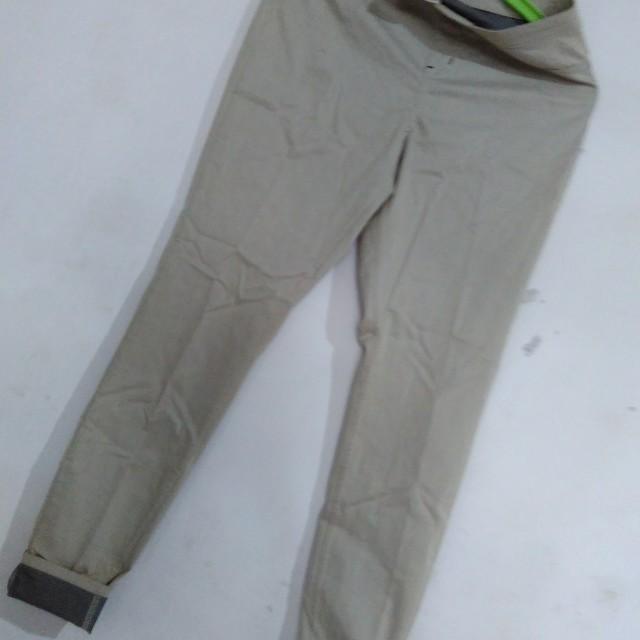 Celana Legging Tebal Fesyen Wanita Pakaian Wanita Bawahan Di Carousell