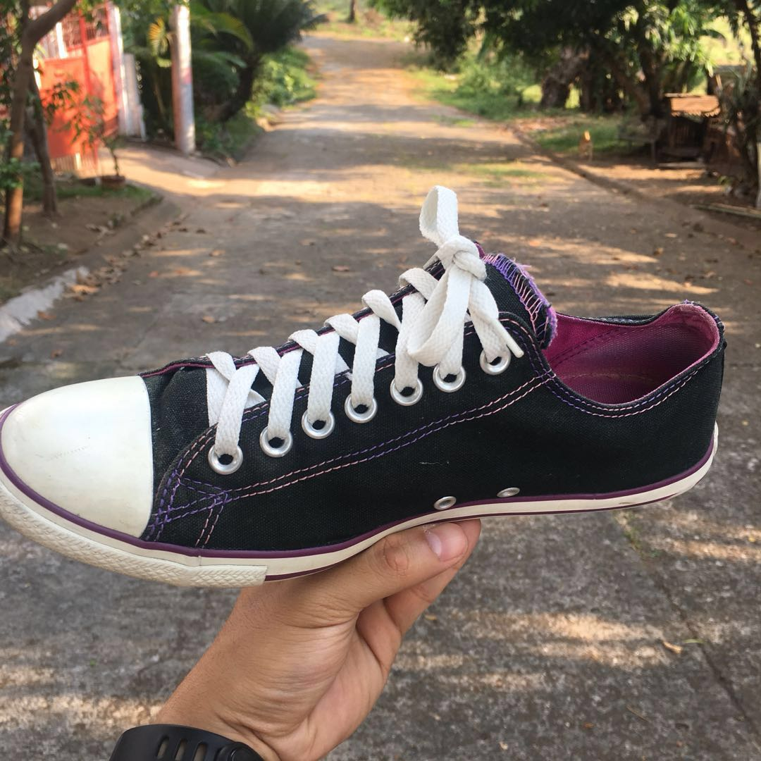 5a56aaae210ef8 Converse Shoes (2 Tongues)