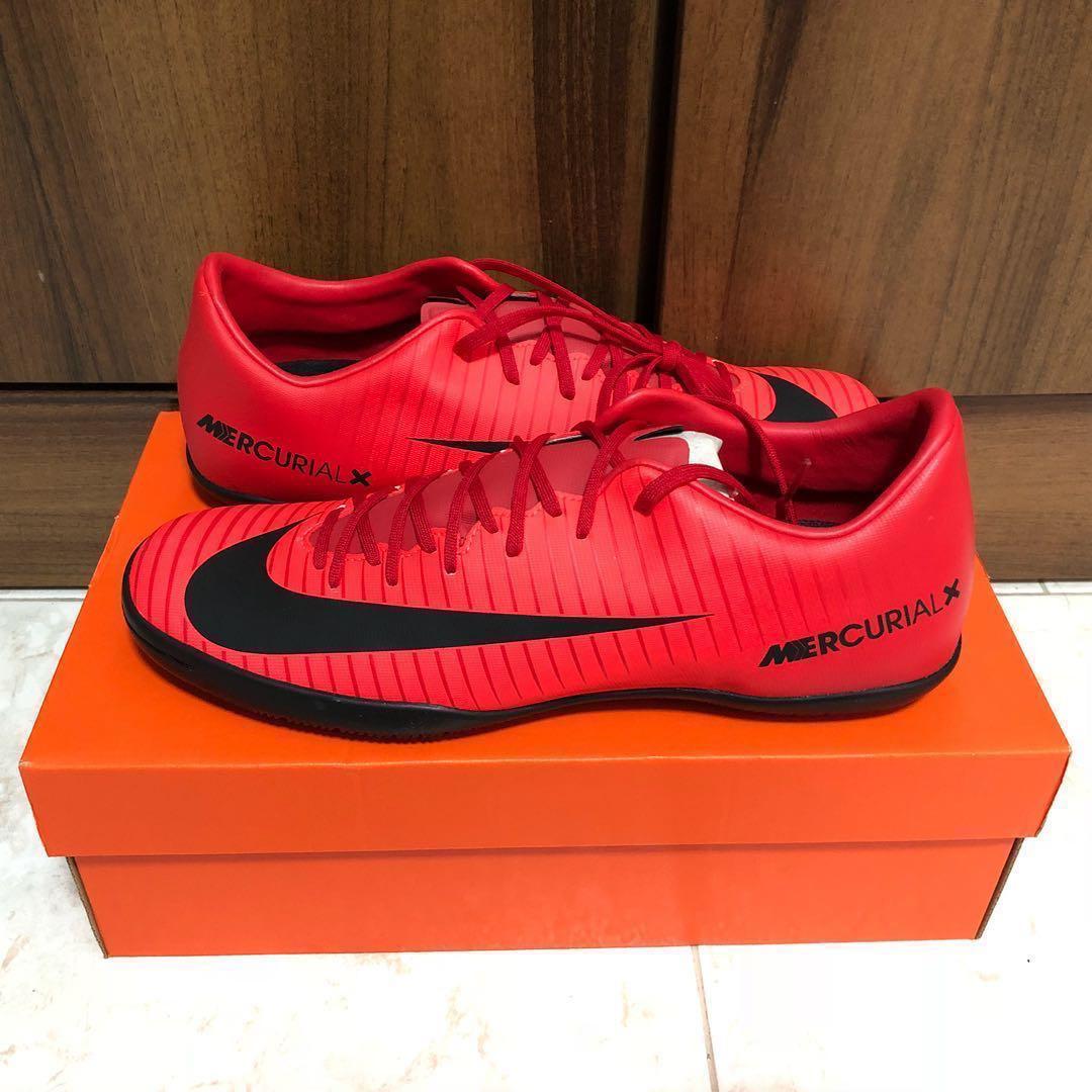 f13634e1a442e Mercurial Futsal Shoe