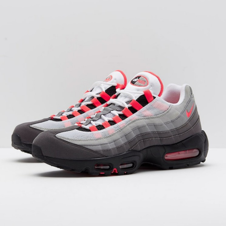 dfda194918726 Nike Air Max 95 OG, Men's Fashion, Footwear, Sneakers on Carousell