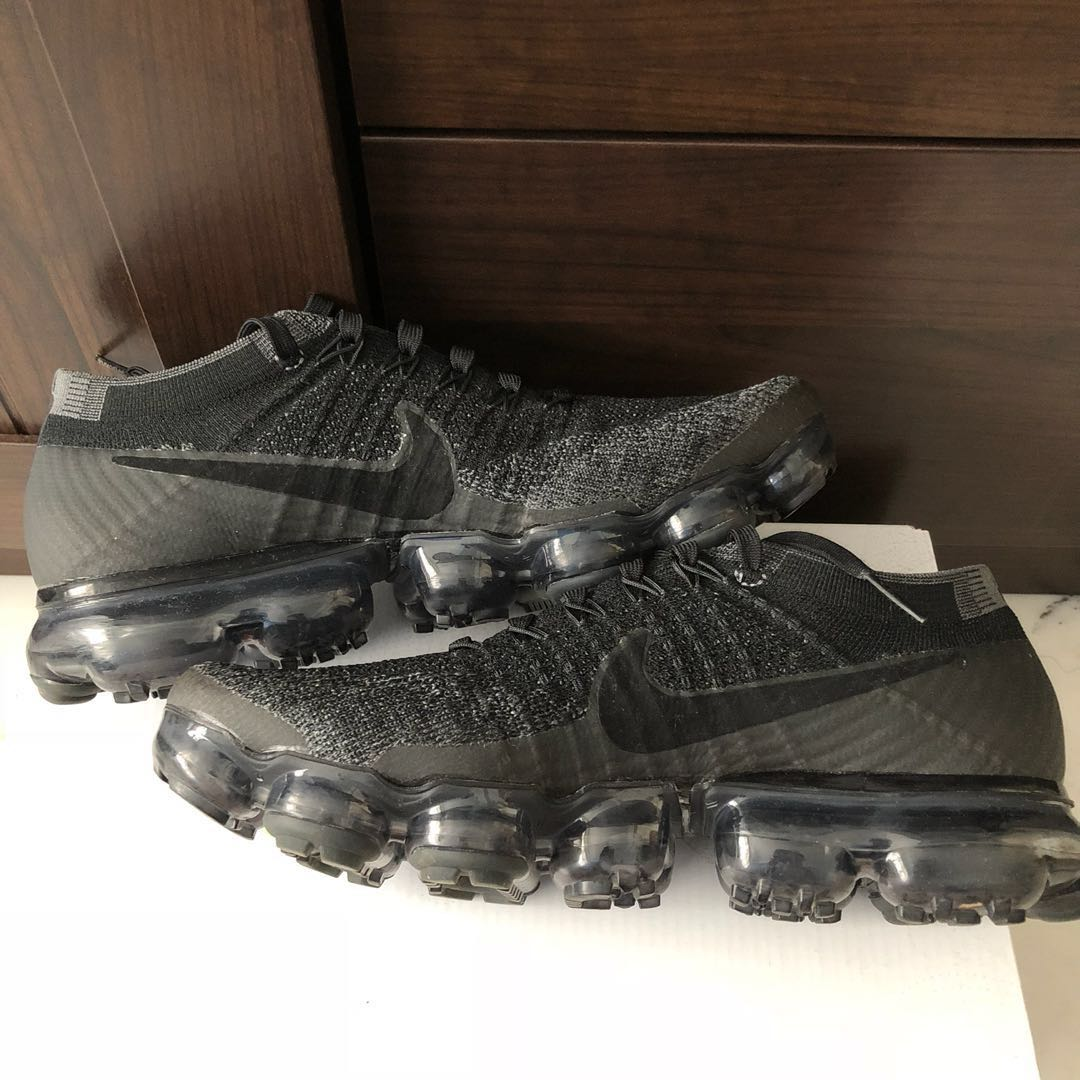new products be799 cf97a Nike Flyknit VaporMax, Men s Fashion, Footwear, Sneakers on Carousell