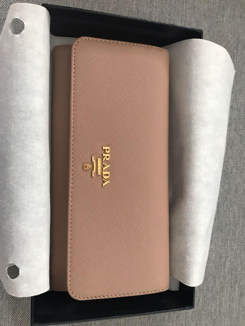 e435854478d6 Prada saffiano leather Long wallet cammeo, Luxury, Bags & Wallets ...