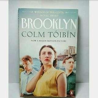 Used l Paperback l Brooklyn by Colm Toibin