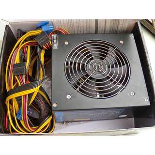 ZUMAX 路瑪仕 750w 電源供應器 ZU-750B-KA 80+ 銅牌 power