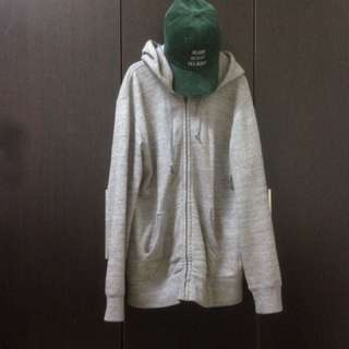 🚚 Uniqlo棉外套