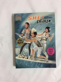 S.H.E Play 签名专辑