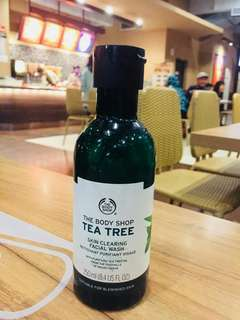 Facial Wash Tea Tree The Body Shop