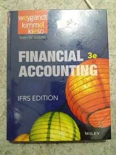 Financial Accounting Weygandt Kimmel Kieso . Wiley plus . IFRS Edition .